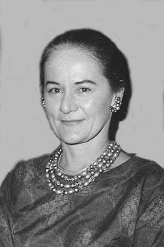 Former Aramcon Grace Burkholder
