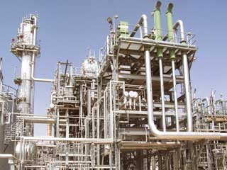 Refining Ends 2005 on Powerful Note