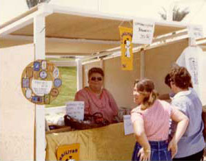 Jo's Craft Booth